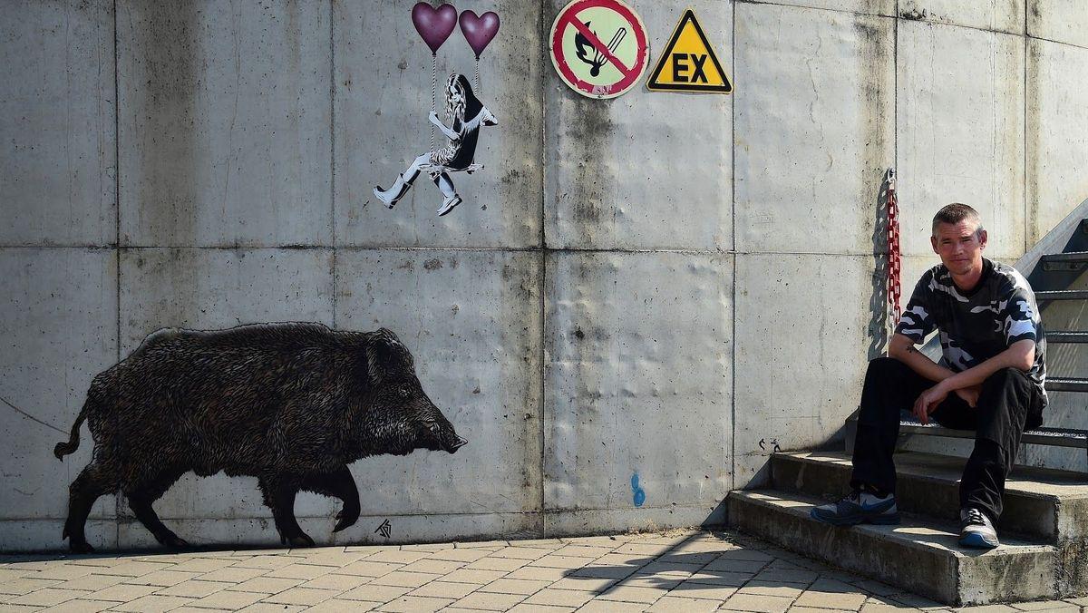 Der Banksy vom Spessart: Streetart-Künstler Jamie Paul Scanlon.
