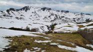 Skilager im Bregenzer Wald: Klimasorgen und Schneemangel stellen Schulen vor die Frage, ob Skilager noch zeitgemäß sind.   Bild:dpa