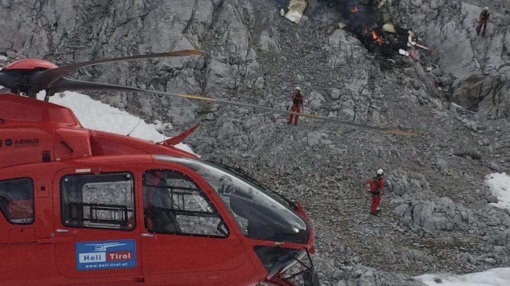 Hubschrauber am Absturzort in Tirol