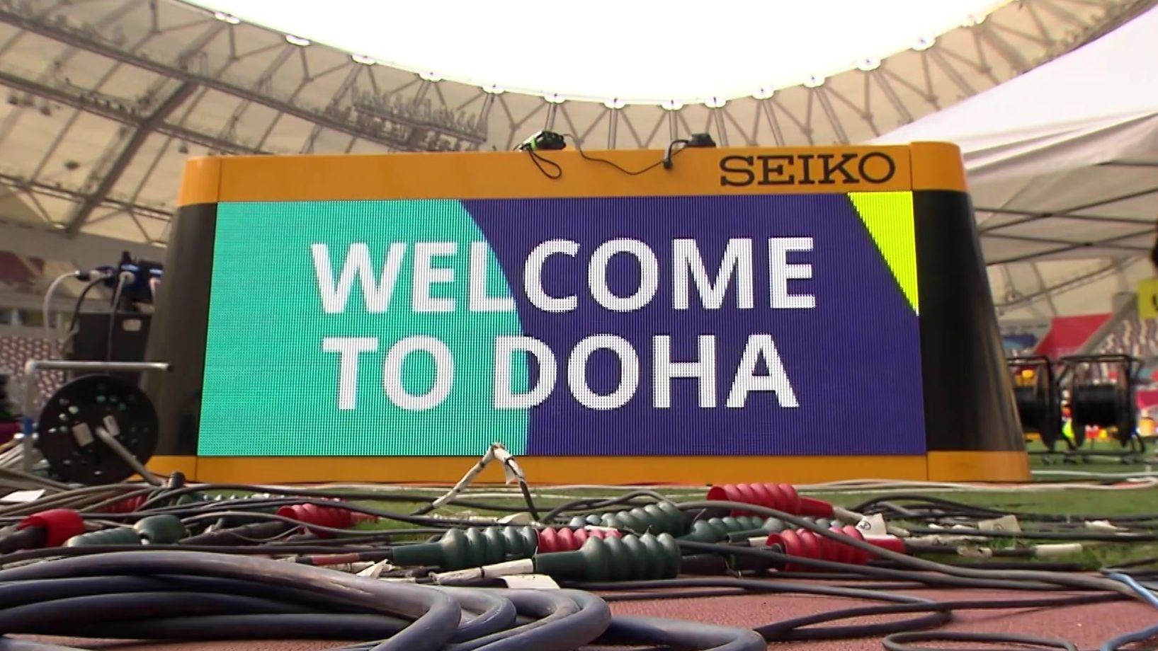 LED-Tafel bei der Leichtathletik-WM in Doha