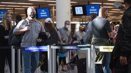 Flughafen | Bild:picture alliance / NurPhoto