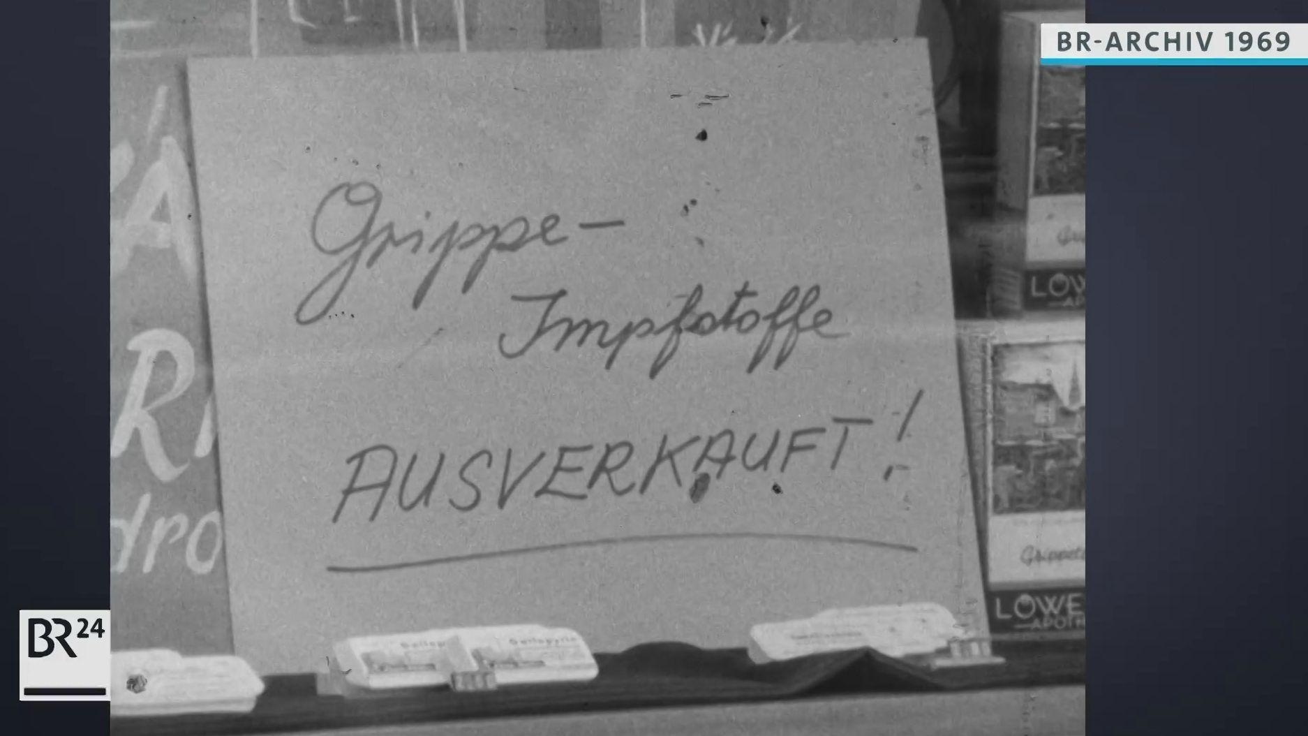 Schild: Grippe-Impfstoff ausverkauft