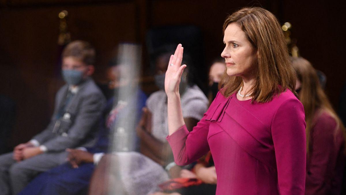Amy Coney Barrett vor dem Senatsausschuss