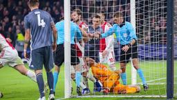 Bayern erkämpft in Amsterdam ein 3:3 und ist Gruppensieger | Bild:picture alliance/dpa