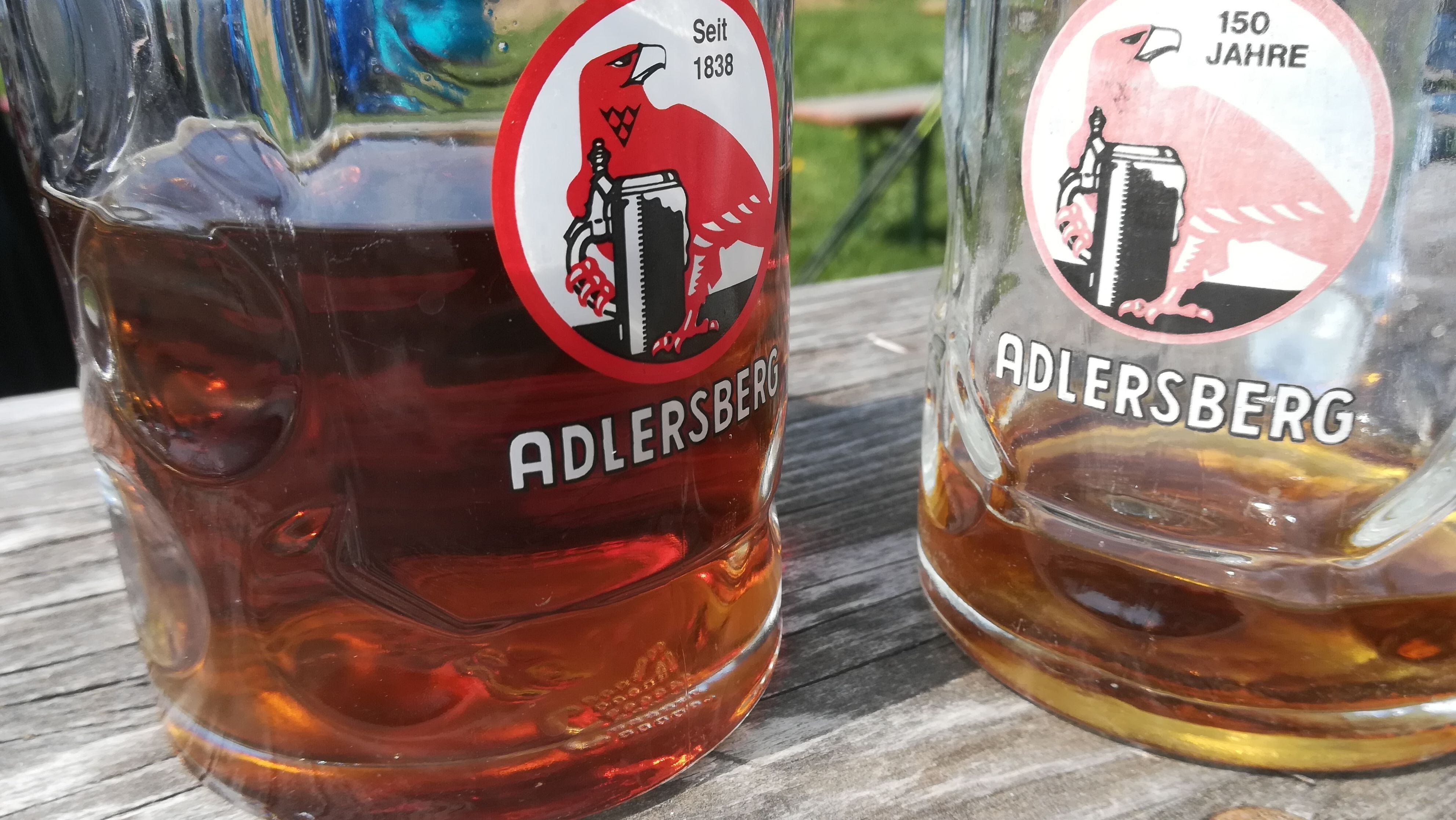 Bierkrüge am Adlersberg