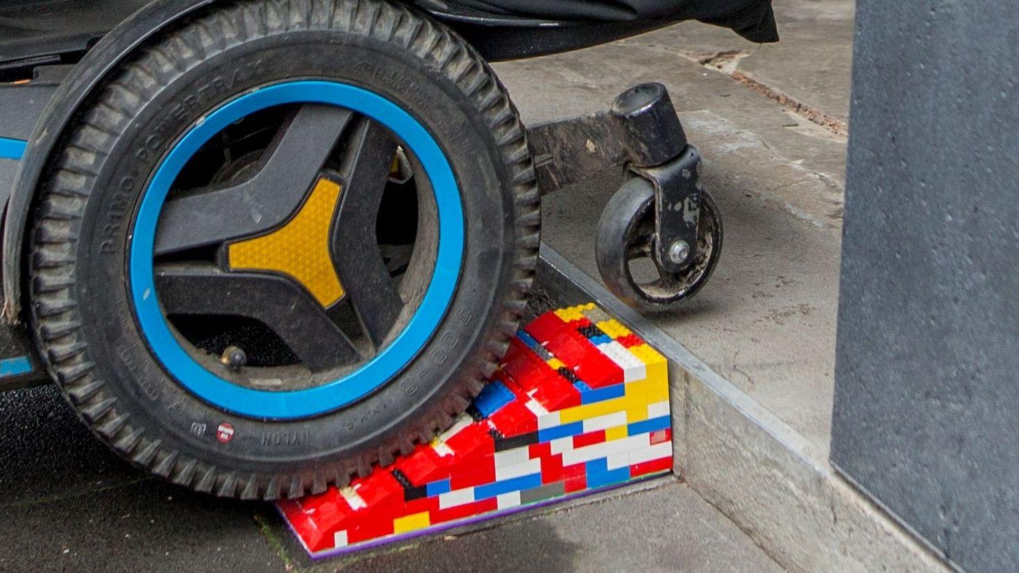 Legorampe für Rollstuhlfahrer