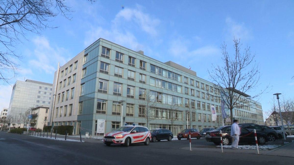 Ein Krankenhaus (Archivbild)