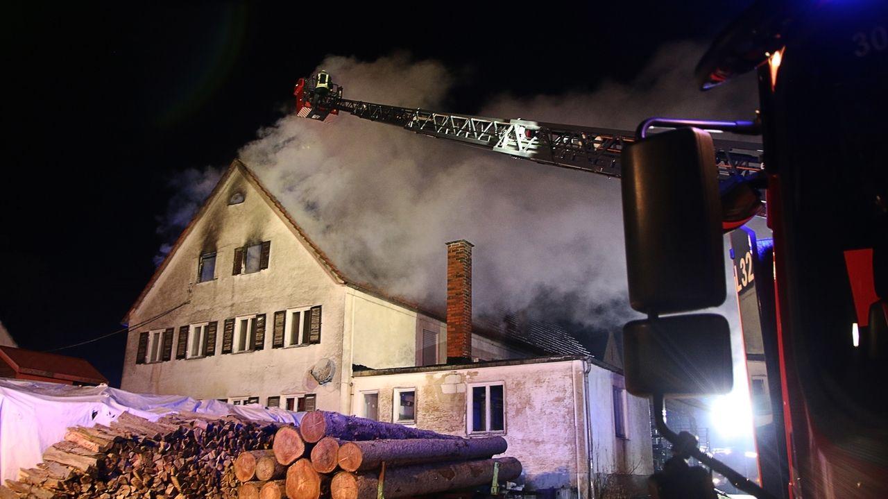 Das Feuer zerstörte das Anwesen in Modelshausen so stark, dass es nicht mehr bewohnbar ist.