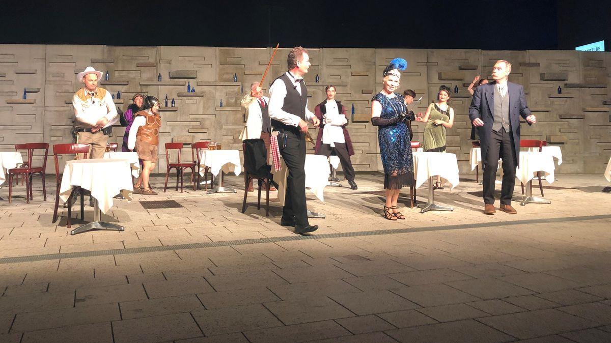 Eine Theateraufführung in Plattling