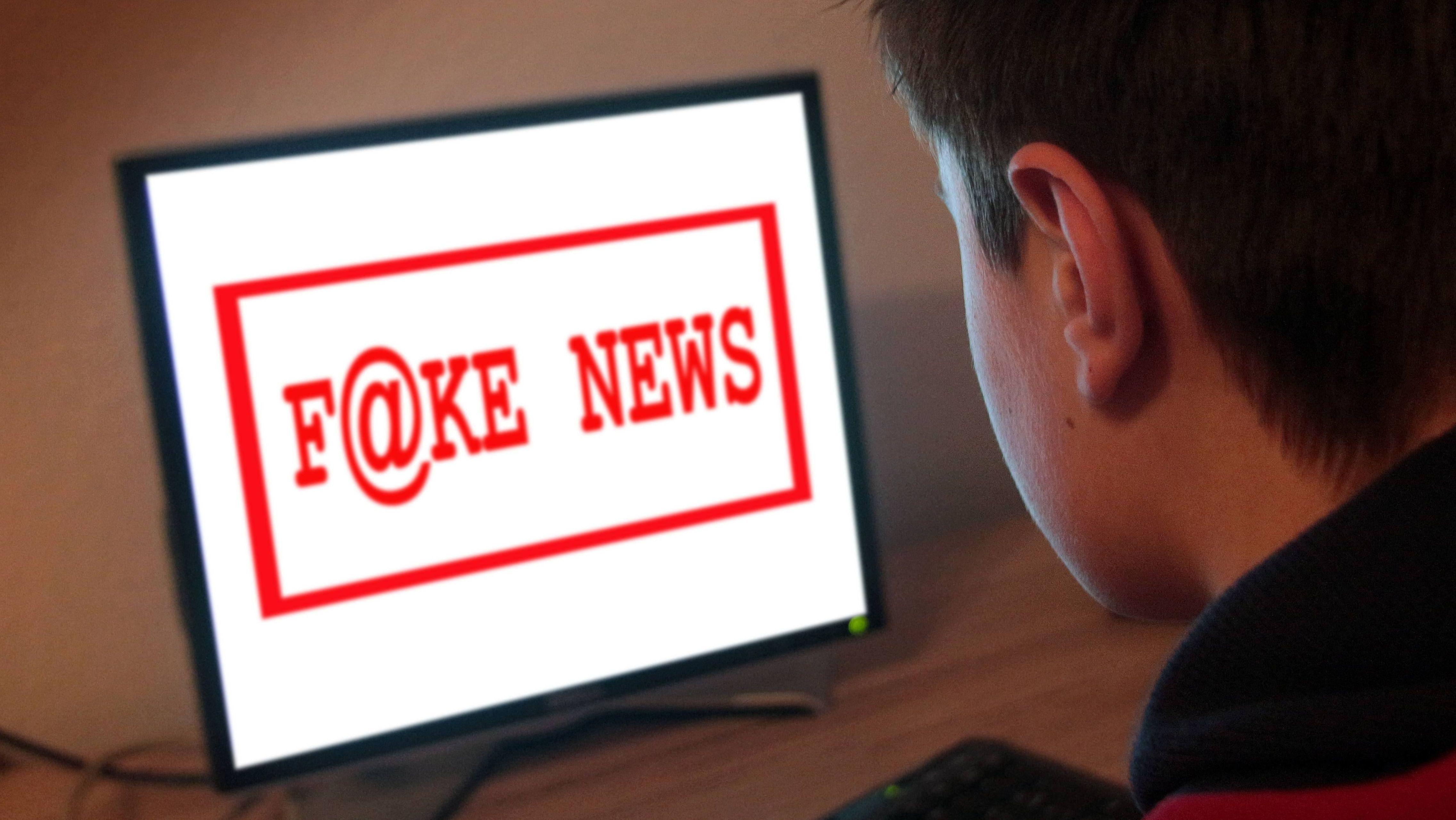Fake-News im Netz: Oft stecken Computer-Programme dahinter