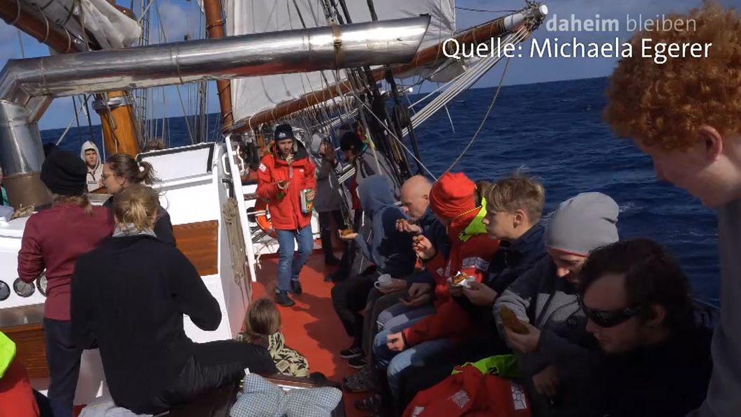 Die Schüler auf dem Segelschiff