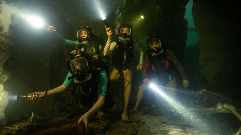 """Ein Tauchausflug in eine Maja-Stadt wird zum Überlebenskampf in """"47 Meters Down Uncaged"""" (Filmszene)."""