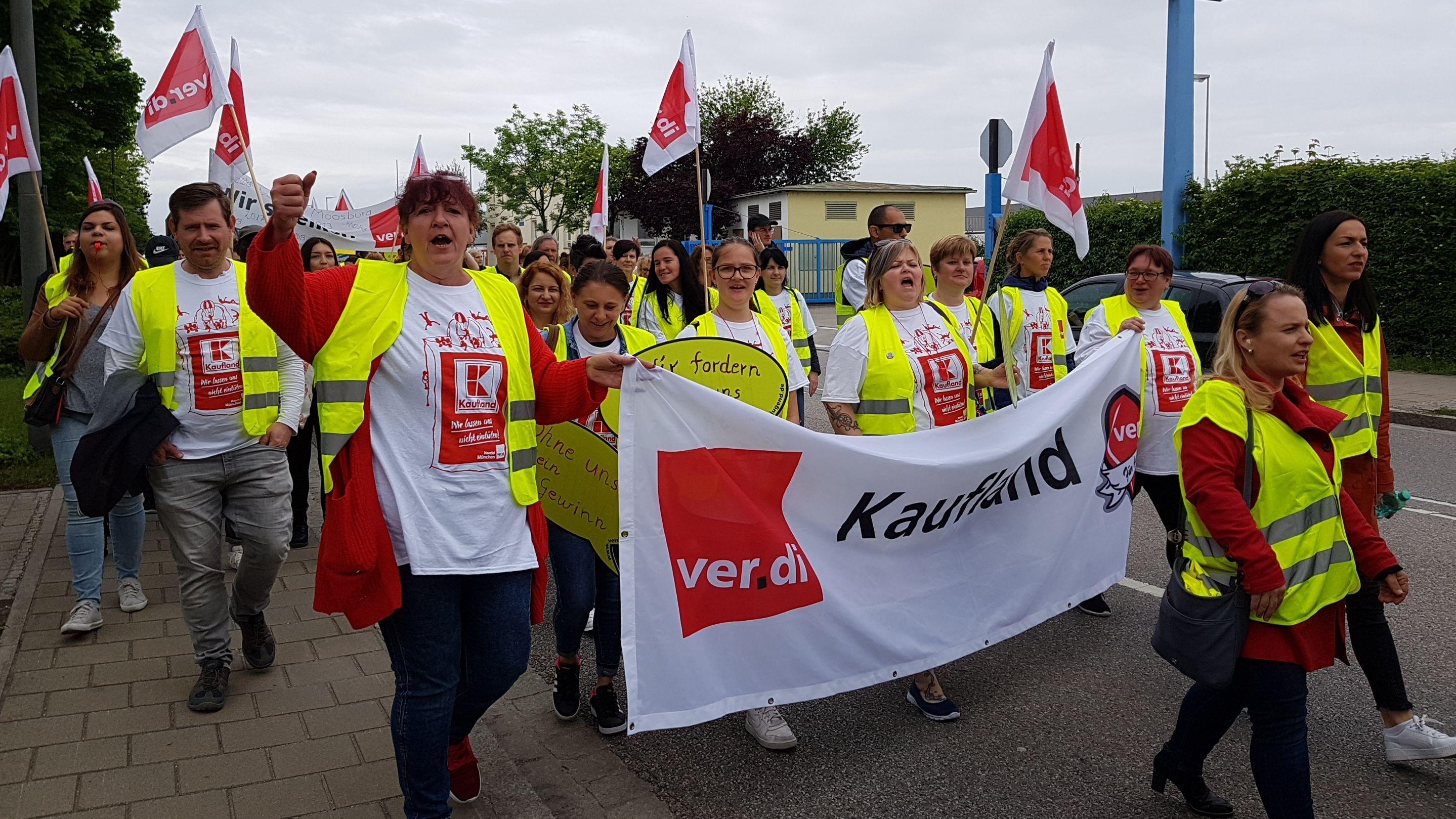 Streikende in Eching