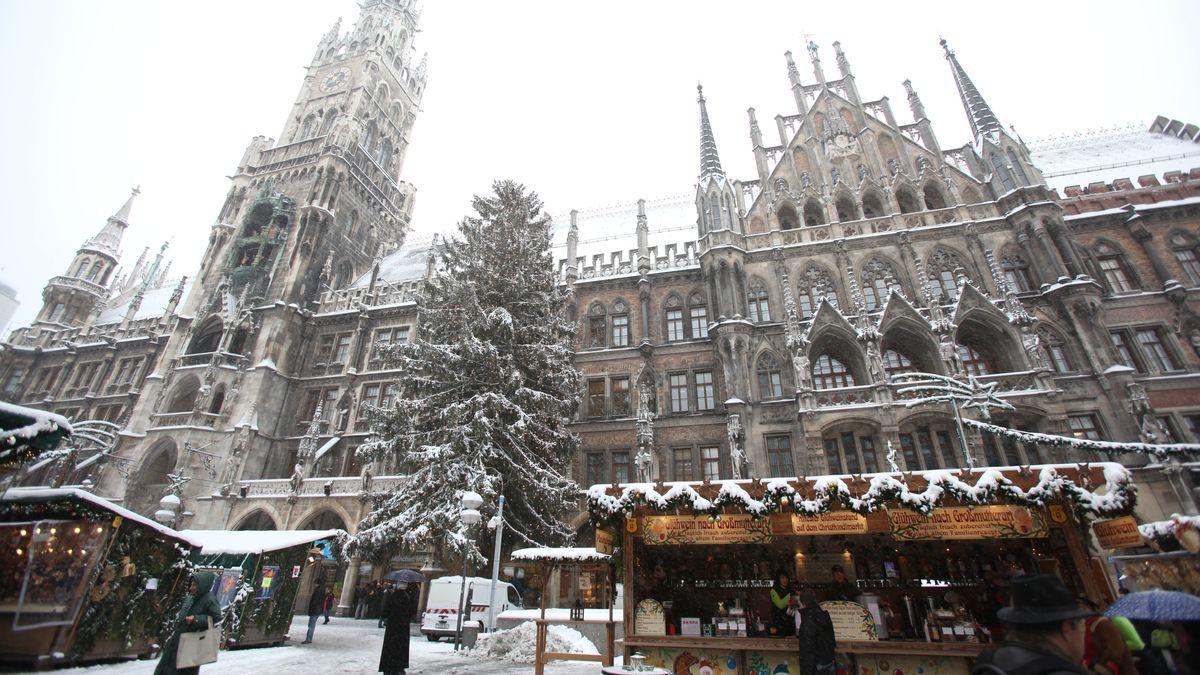 Marienplatz München im Schnee