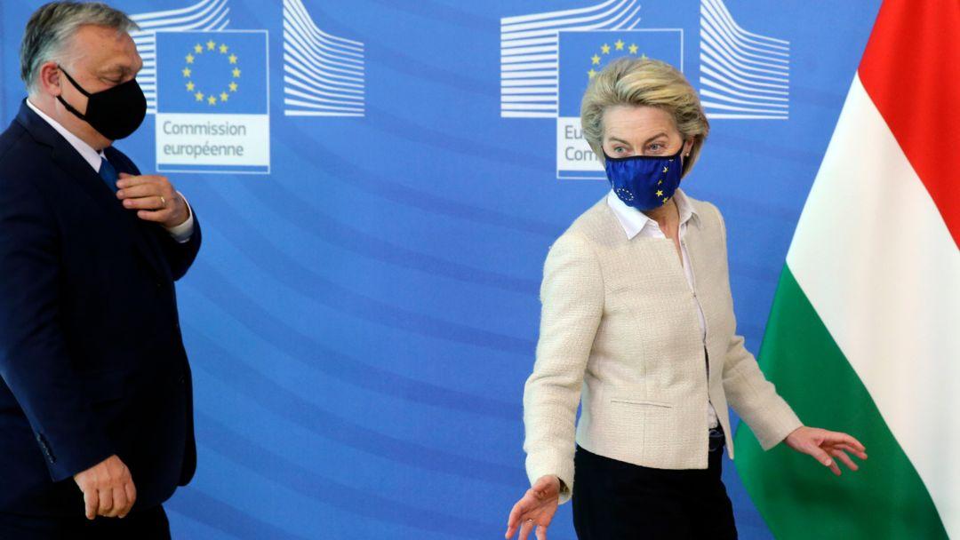 Archivbild: Ursula von der Leyen (r), Präsidentin der EU-Kommission, empfängt Viktor Orban, Ministerpräsident von Ungarn, 23.04.2021