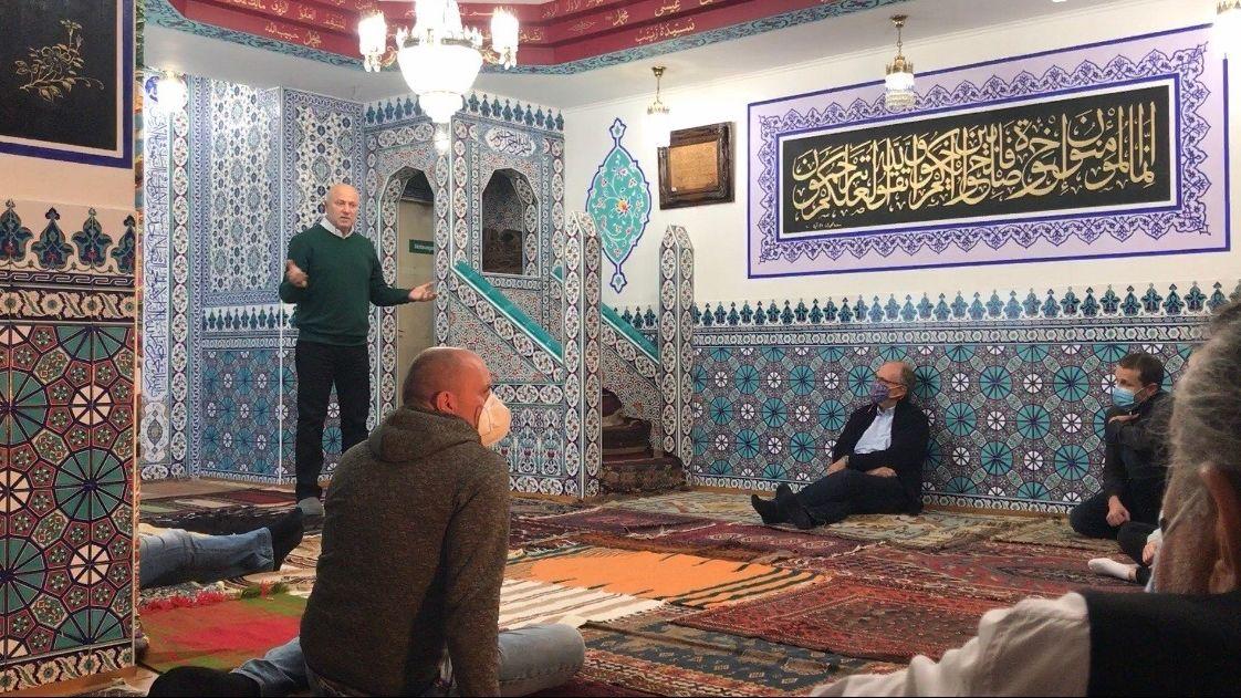 Führung in der Begegnungsstätte Medina