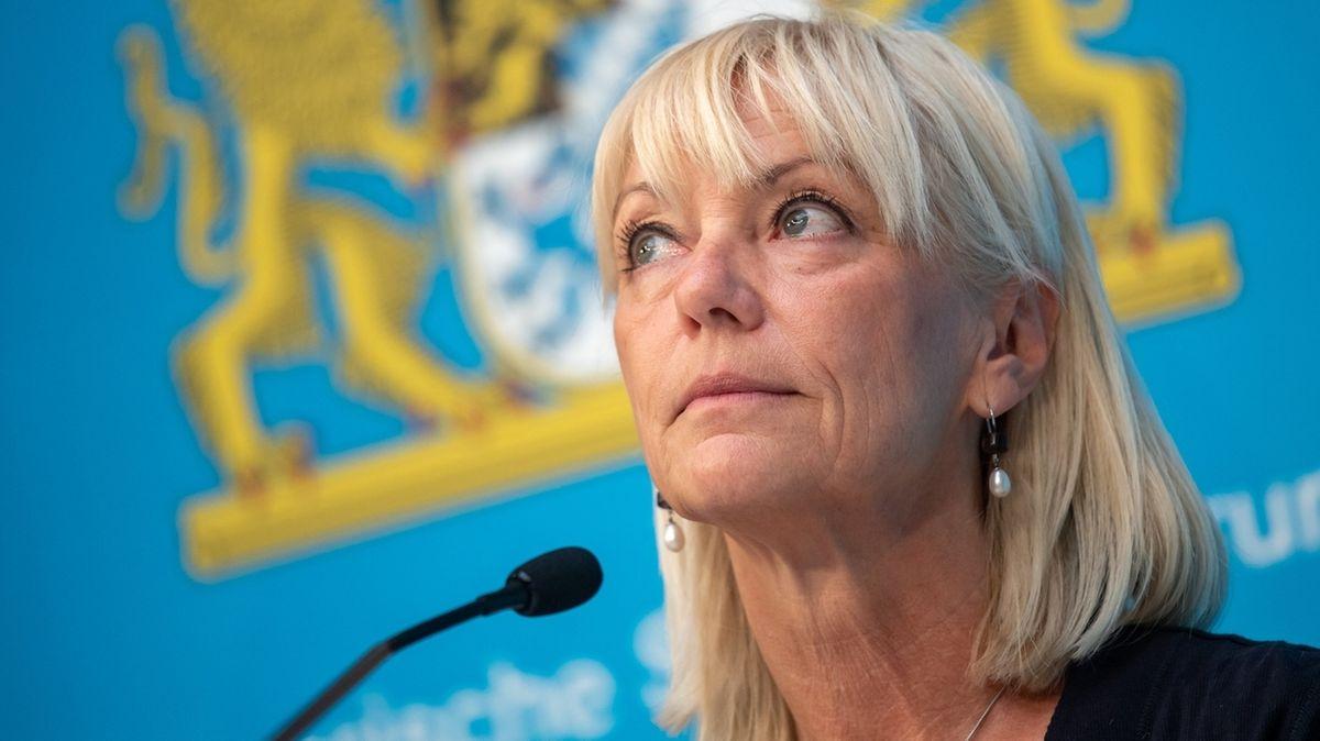 Carolina Trautner (CSU), bayerische Staatsministerin für Familie, Arbeit, Soziales