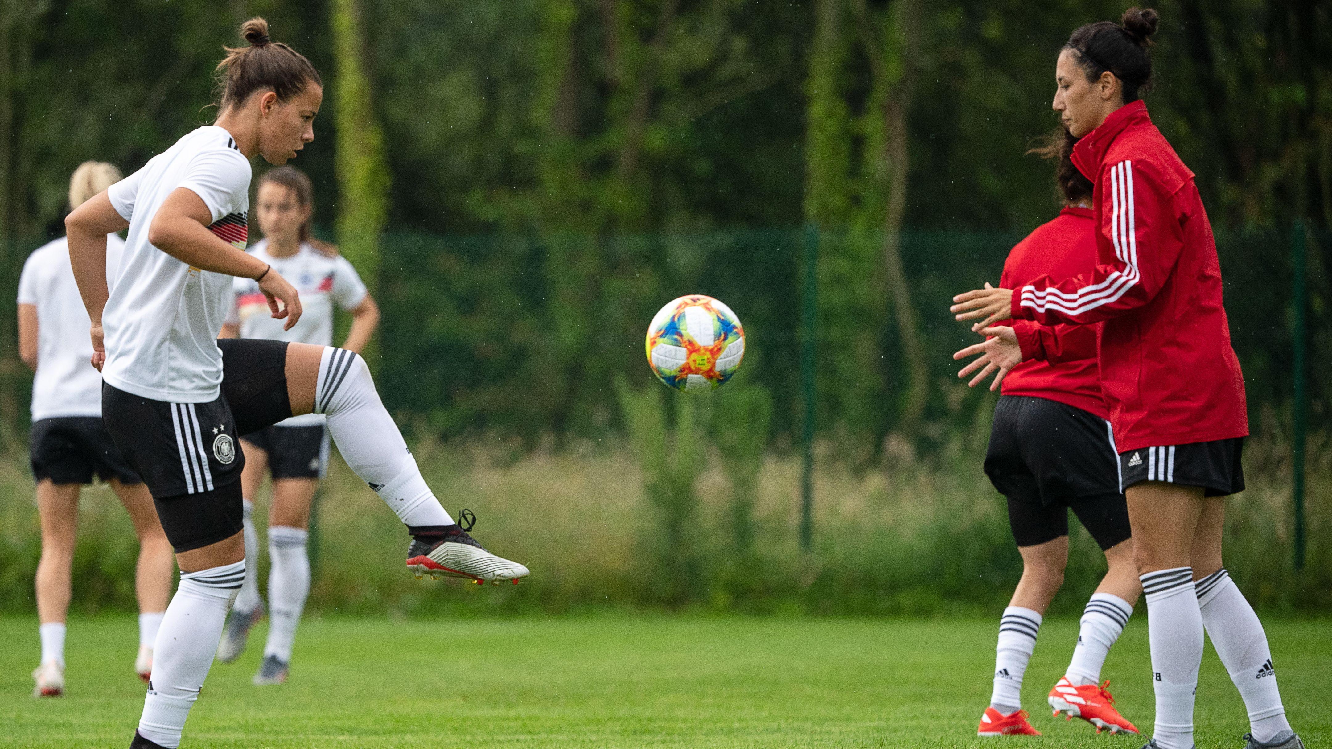 Training der deutschen Frauenfußball-Nationalmannschaft