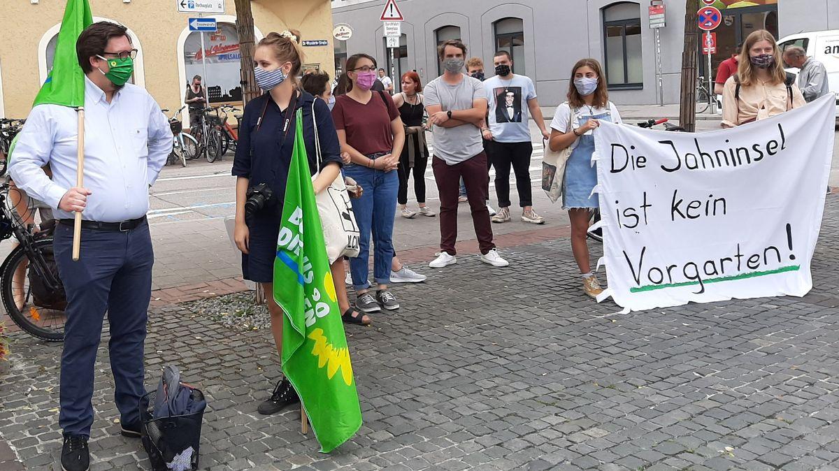 Protest der Grünen Jugend: Sie versuchten vergeblich, das Betretungsverbot zu verhindern.