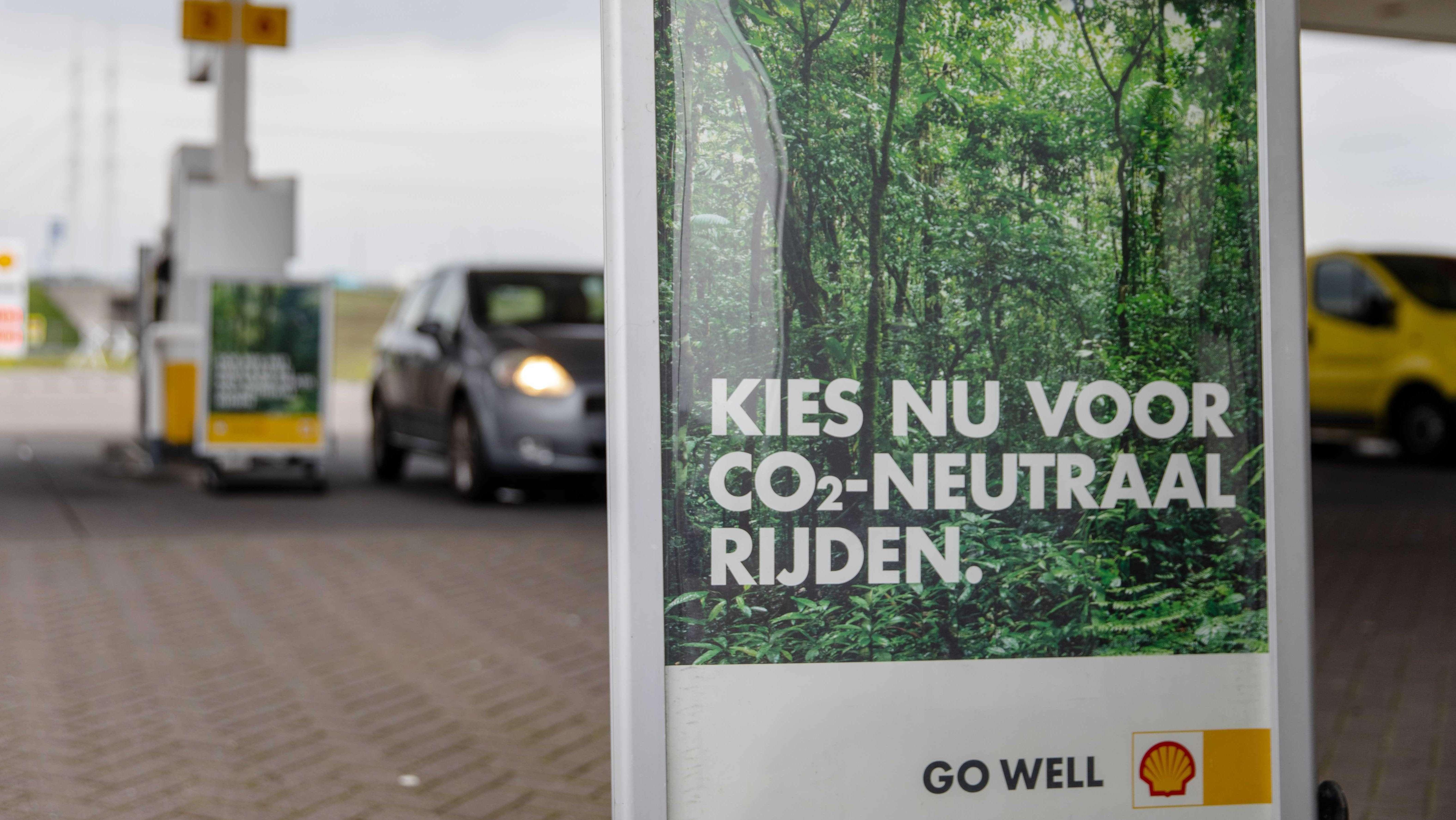Bäume pflanzen für Extra-Cent Spritkosten – Was ist dran am Klima-Projekt von Shell?