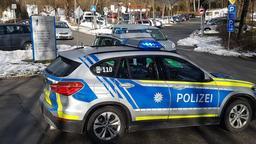 Polizeieinsatz wegen Geiselnahme am Bezirksklinikum Mainkofen | Bild:BR/Sarah Beham