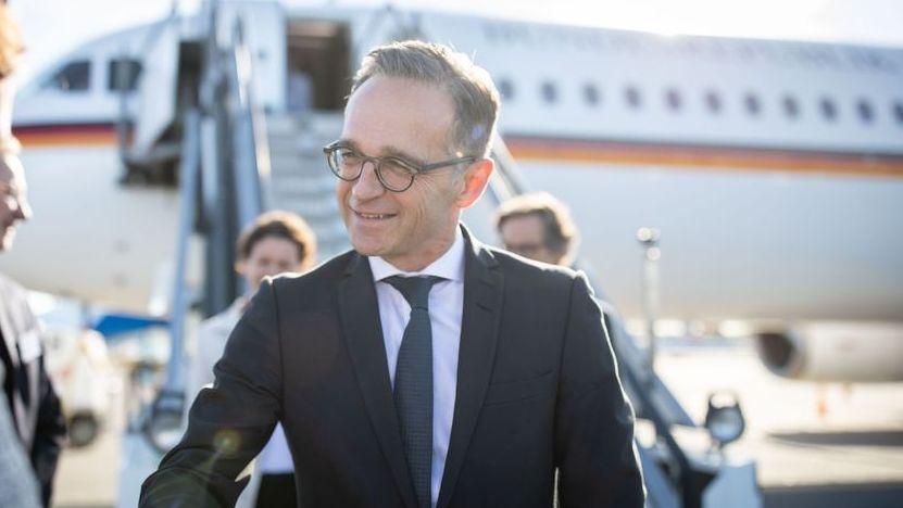 Vorgestern in Helsinki hat der Regierungsflieger noch besser funktioniert. Hier die Ankunft von Bundesaußenminister Heiko Maas.