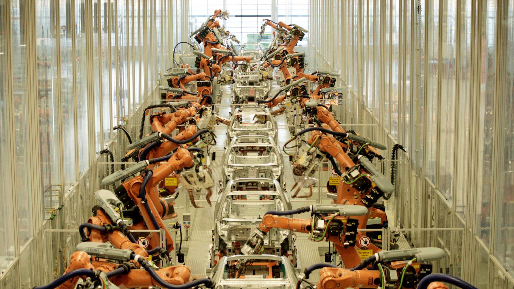 Fertigungsstraße in der Automobilindustrie