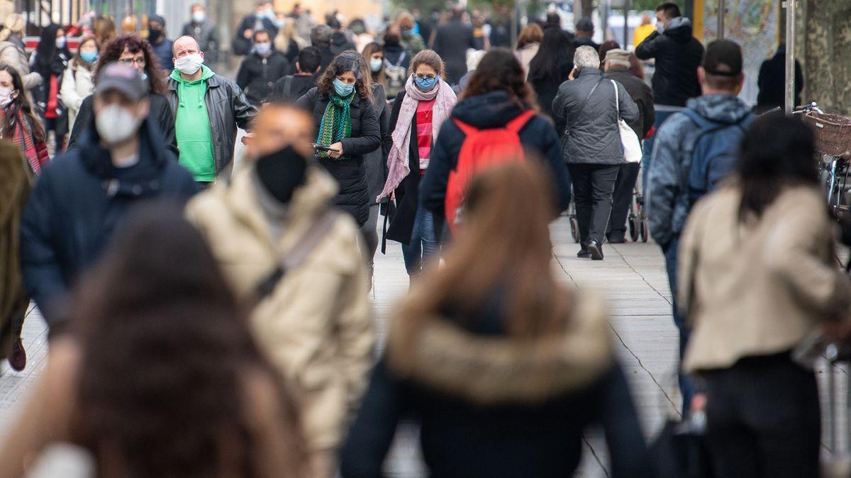 Mit Maskenpflicht in der Fußgängerzone muss man auch in der Oberpfalz zunehmend rechnen