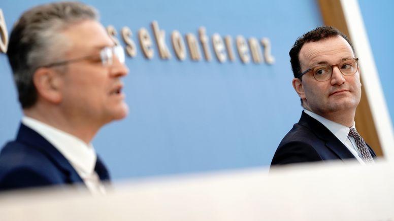 Bundesgesundheitsminister Jens Spahn (CDU) und der Präsident des Robert Koch-Instituts, Lothar Wieler | Bild:dpa