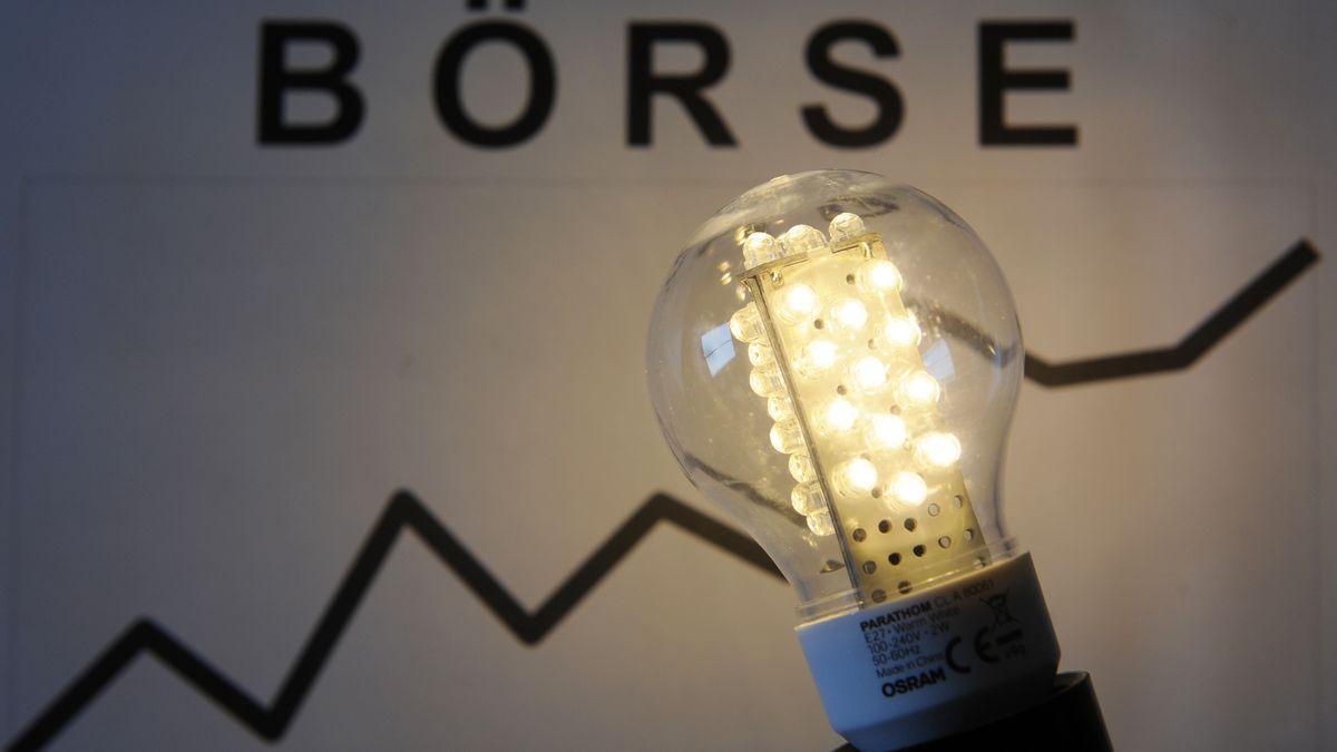 Osram Glühbirne und Börsenchart
