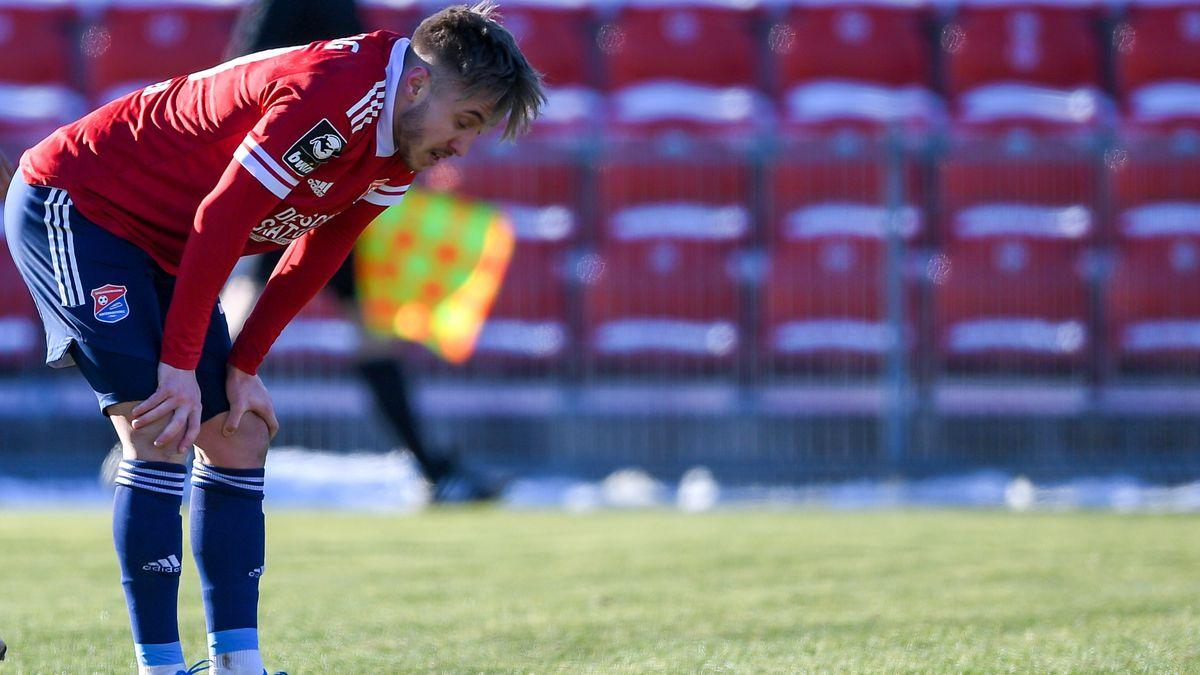 Luca Marseiler (Unterhaching, 30) enttäuscht nach der Niederlage