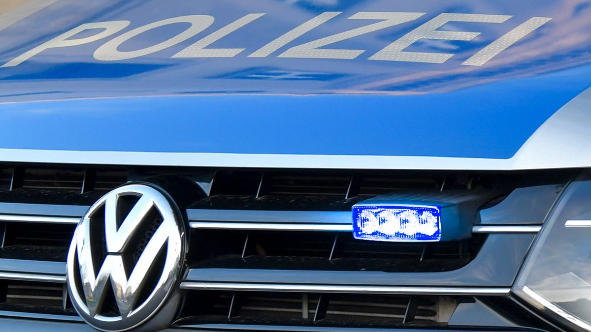 Ein Polizeiauto (Symbolbild).