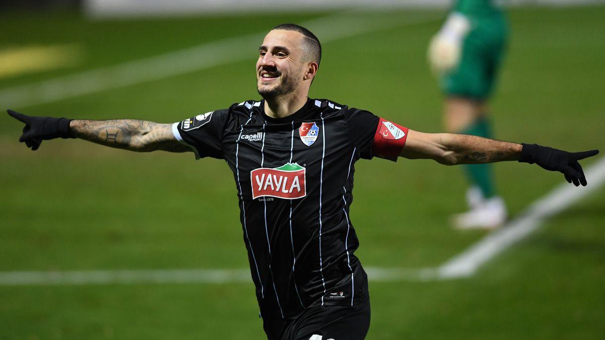 Viktoria Köln - Türkgücü München, Jubel zum 0:1 durch Sercan Sararer