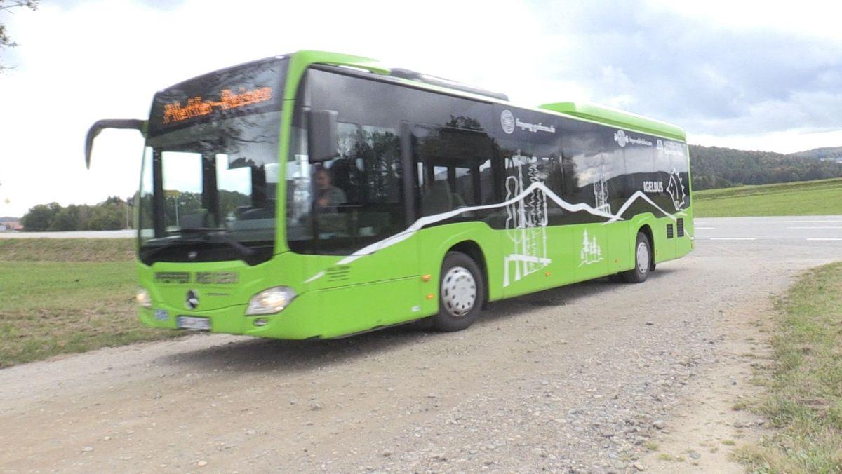 Auf den Busfahrer dieses Busses wurde die Attacke verübt