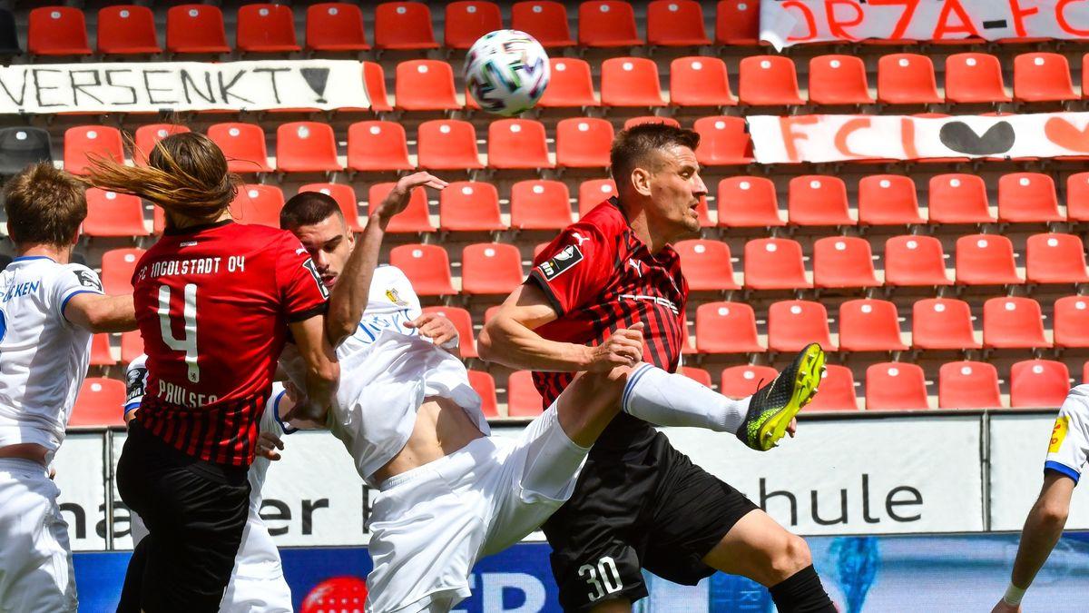Spielszene FC Ingolstadt - 1. FC Saarbrücken