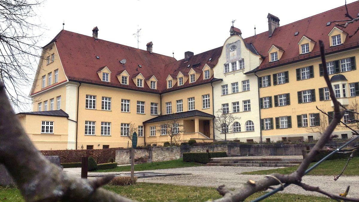 Bayern, Baiern: Das ehemalige katholische Piusheim.