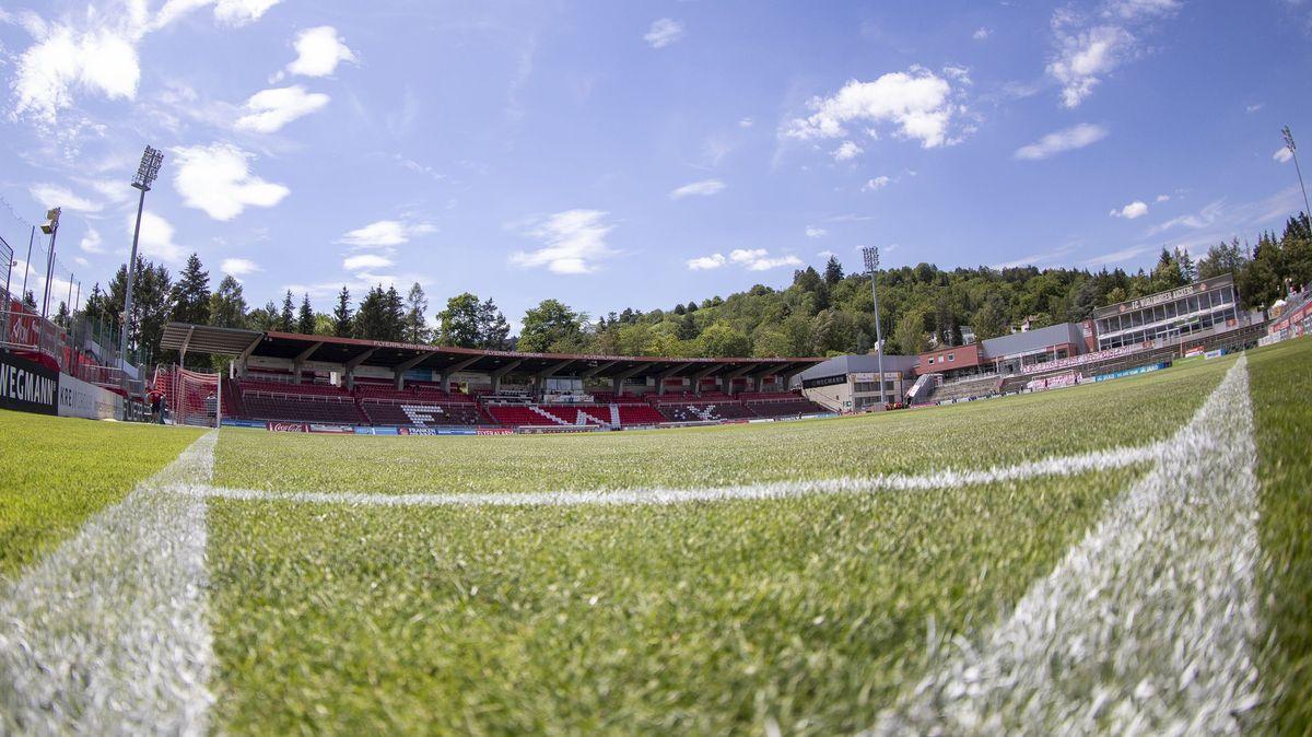 Das Spielfeld des Stadions am Dallenberg