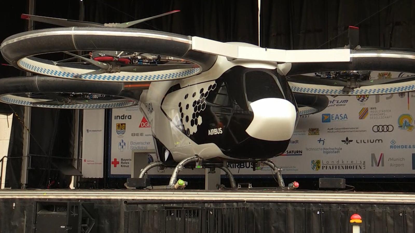 Nahverkehr in der Luft: Airbus stellt Flugtaxi in Ingolstadt vor