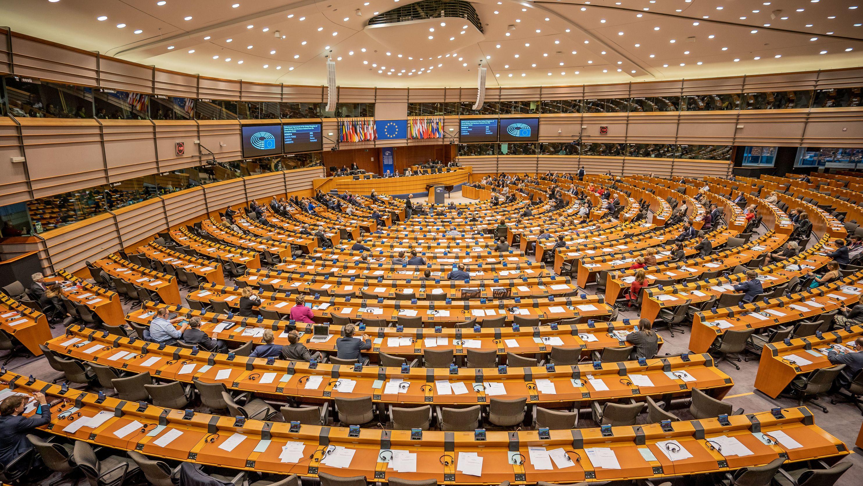 Der Weg für einen geregelten Austritt Großbritanniens aus der Europäischen Union zum Monatsende ist frei.