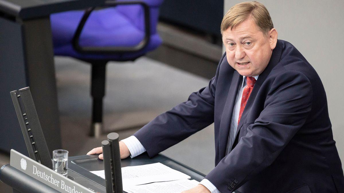 André Hahn (die Linke), Mitglied des Deutschen Bundestages, spricht im Plenum im Bundestag (Archivfoto).