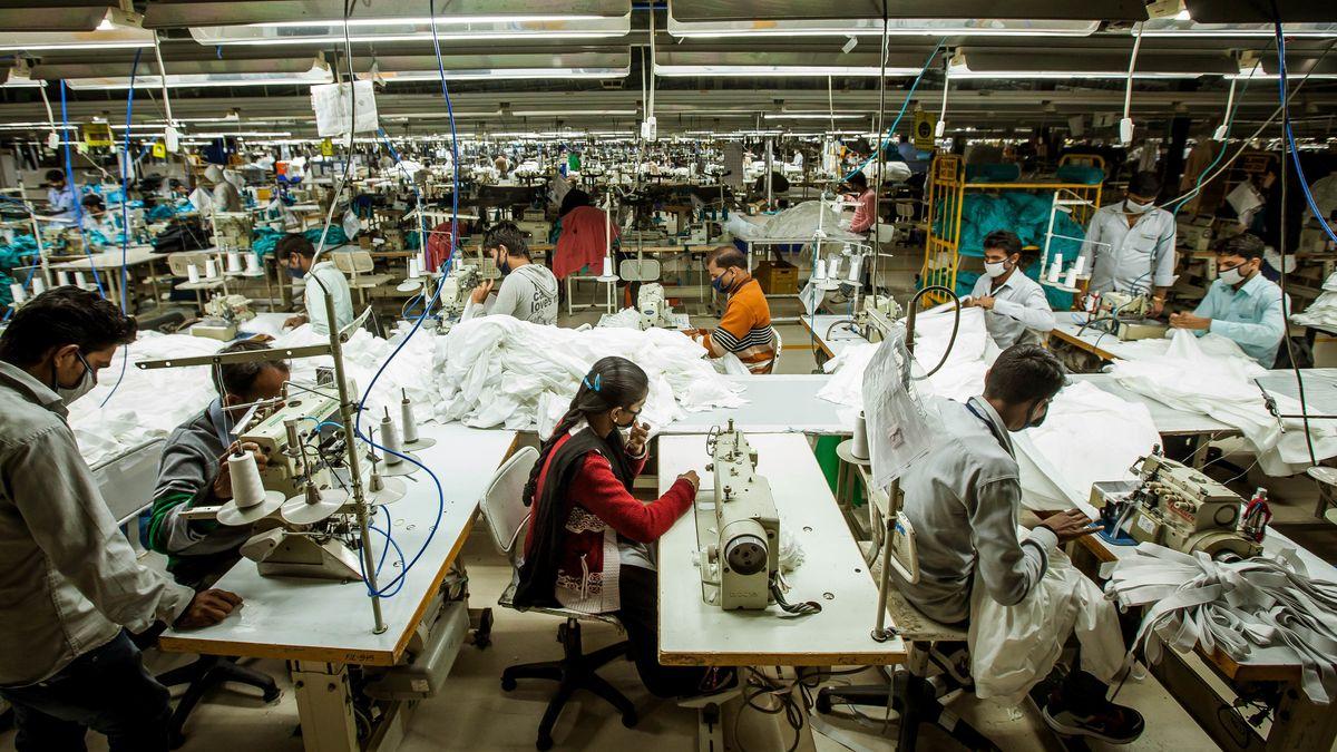 Eine Textilfabrik in Madhya Pradesh, Indien