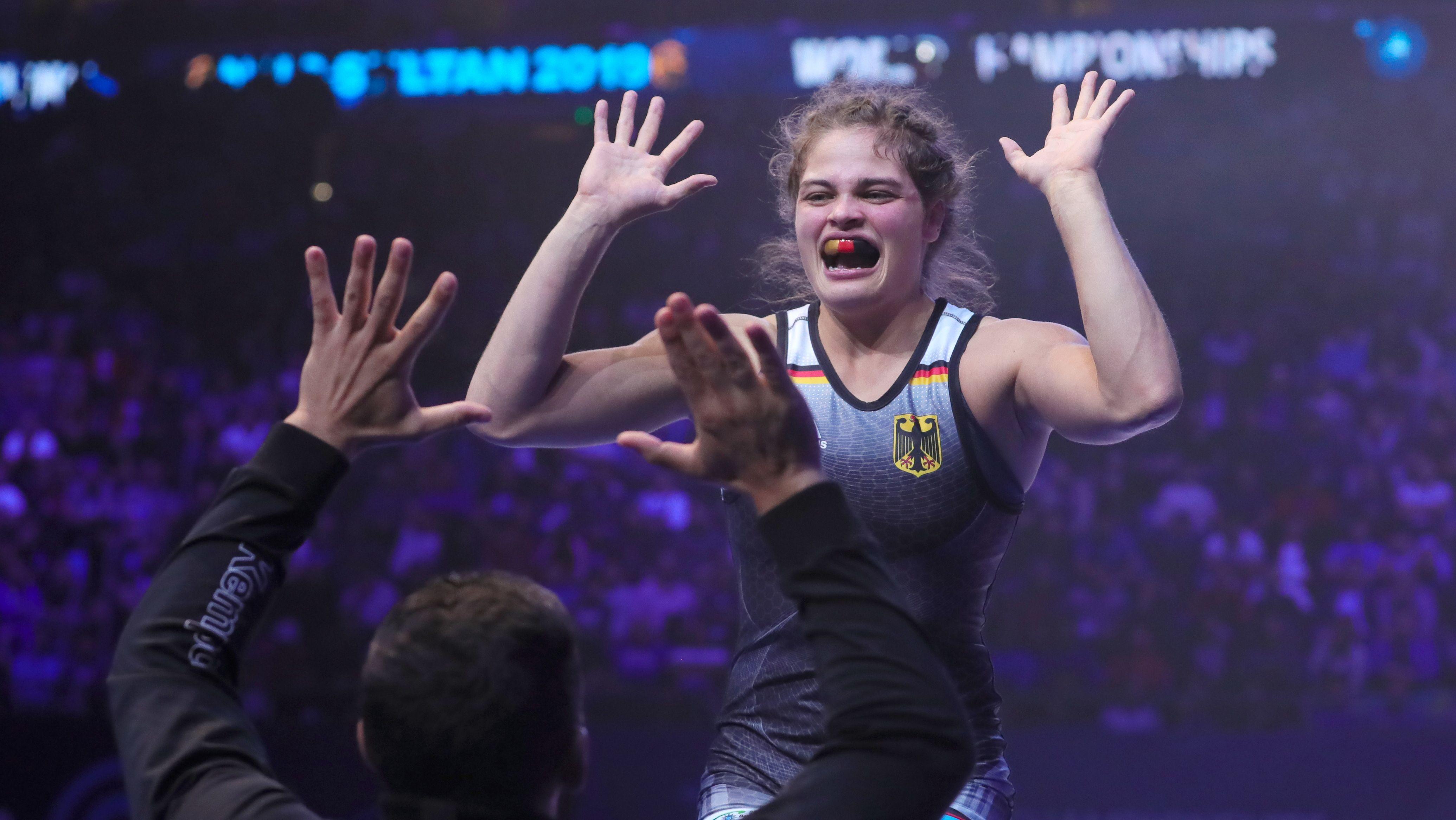 Anna Schell nach dem WM-Bronzegewinn