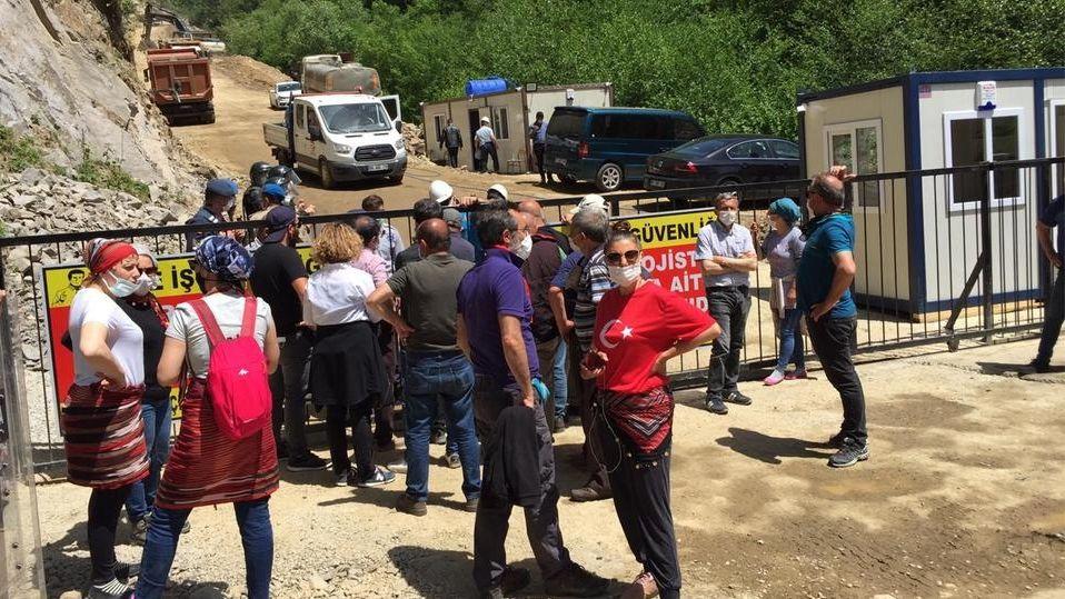 Seit zwei Monaten demonstrieren die Anwohner der Region um Ikizdere täglich gegen den Raubbau an der Natur.