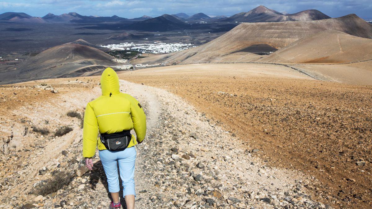 Wanderin auf Lanzarote