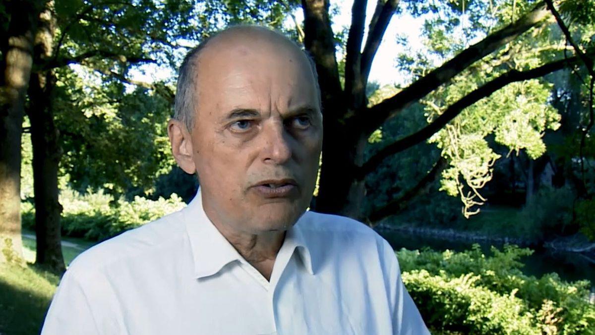 Bernd Salzberger leitet am Uniklinikum Regensburg die Stabsstelle Infektiologie.