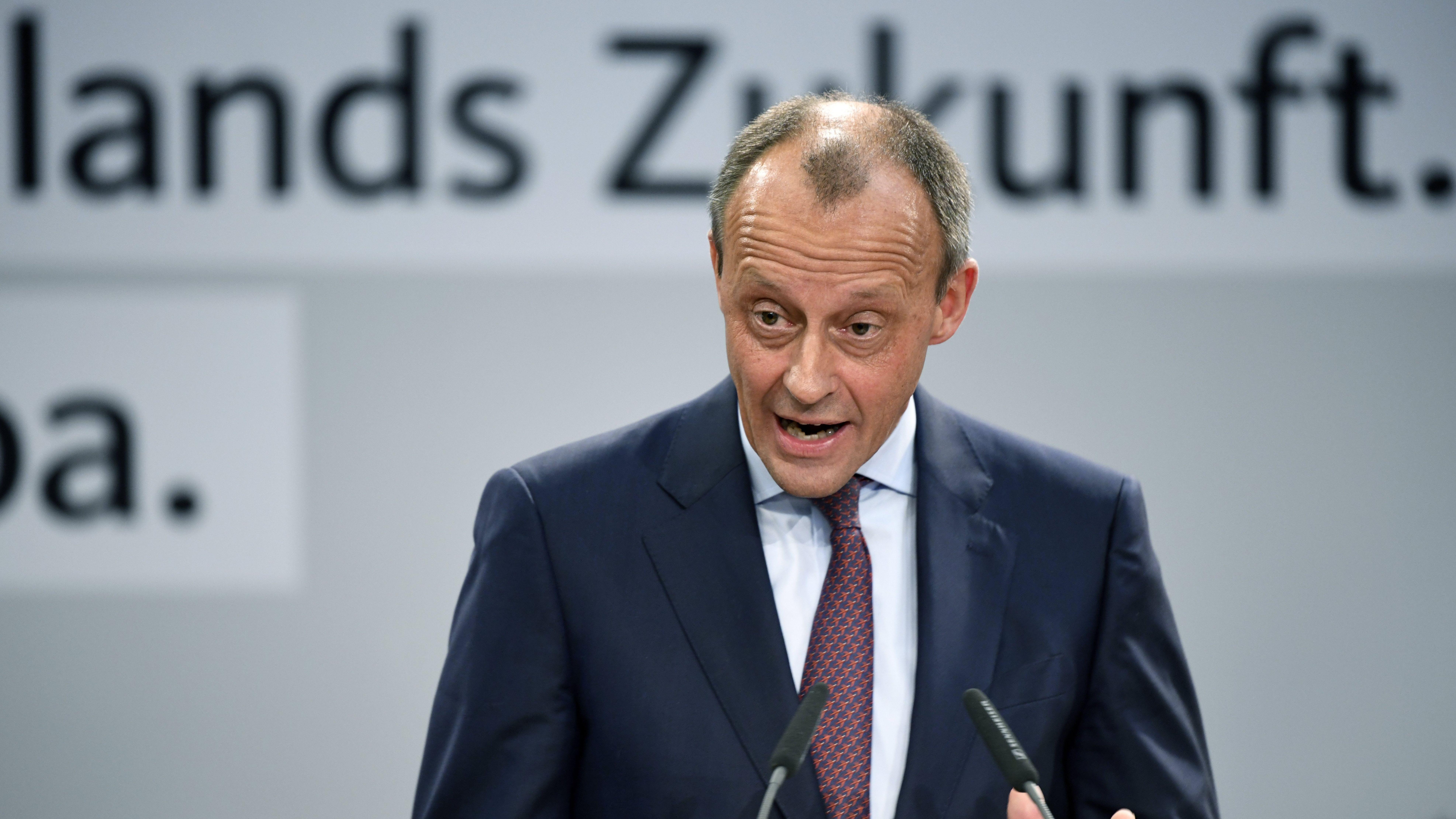 Ist als Merkel-Kritiker bekannt: Friedrich Merz im April 2019 auf einer Europawahlkampf-Veranstaltung