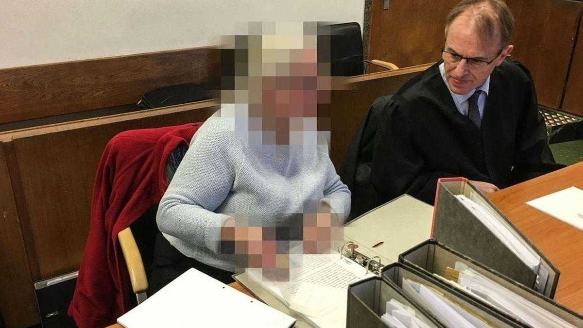 Haftstrafe für Holocaust-Leugnerin