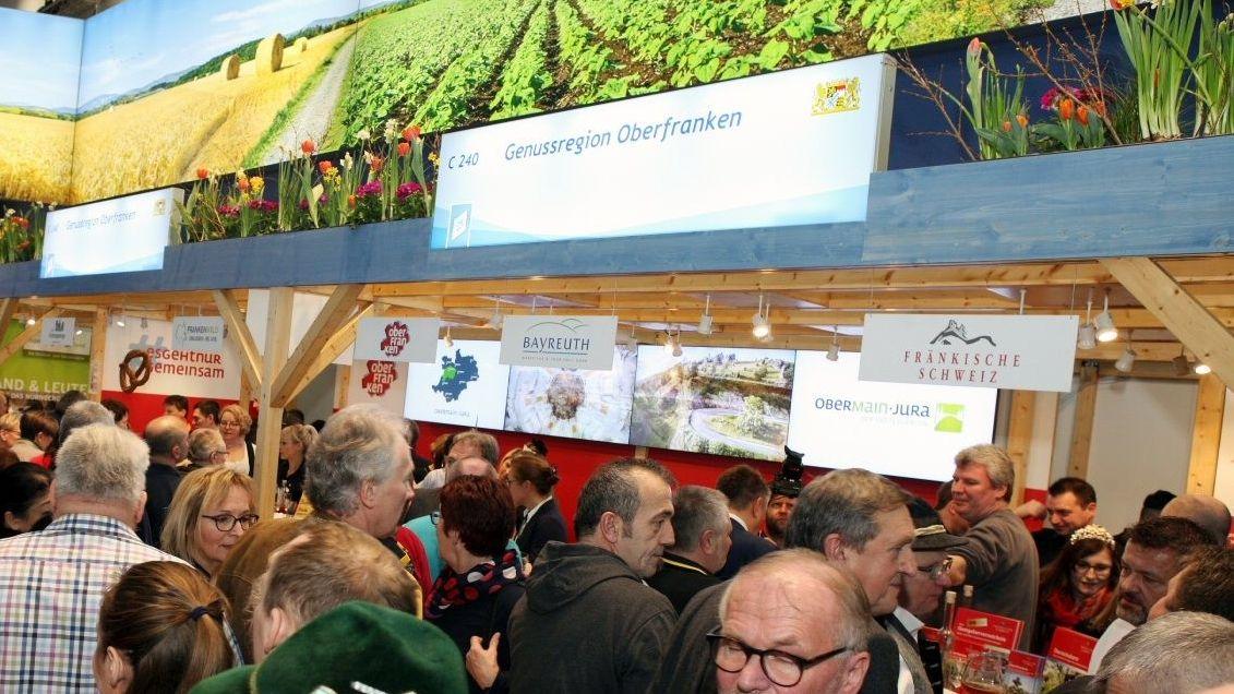 Am Oberfrankentag herrscht traditionell großer Andrang am oberfränkischen Gemeinschaftsstand.