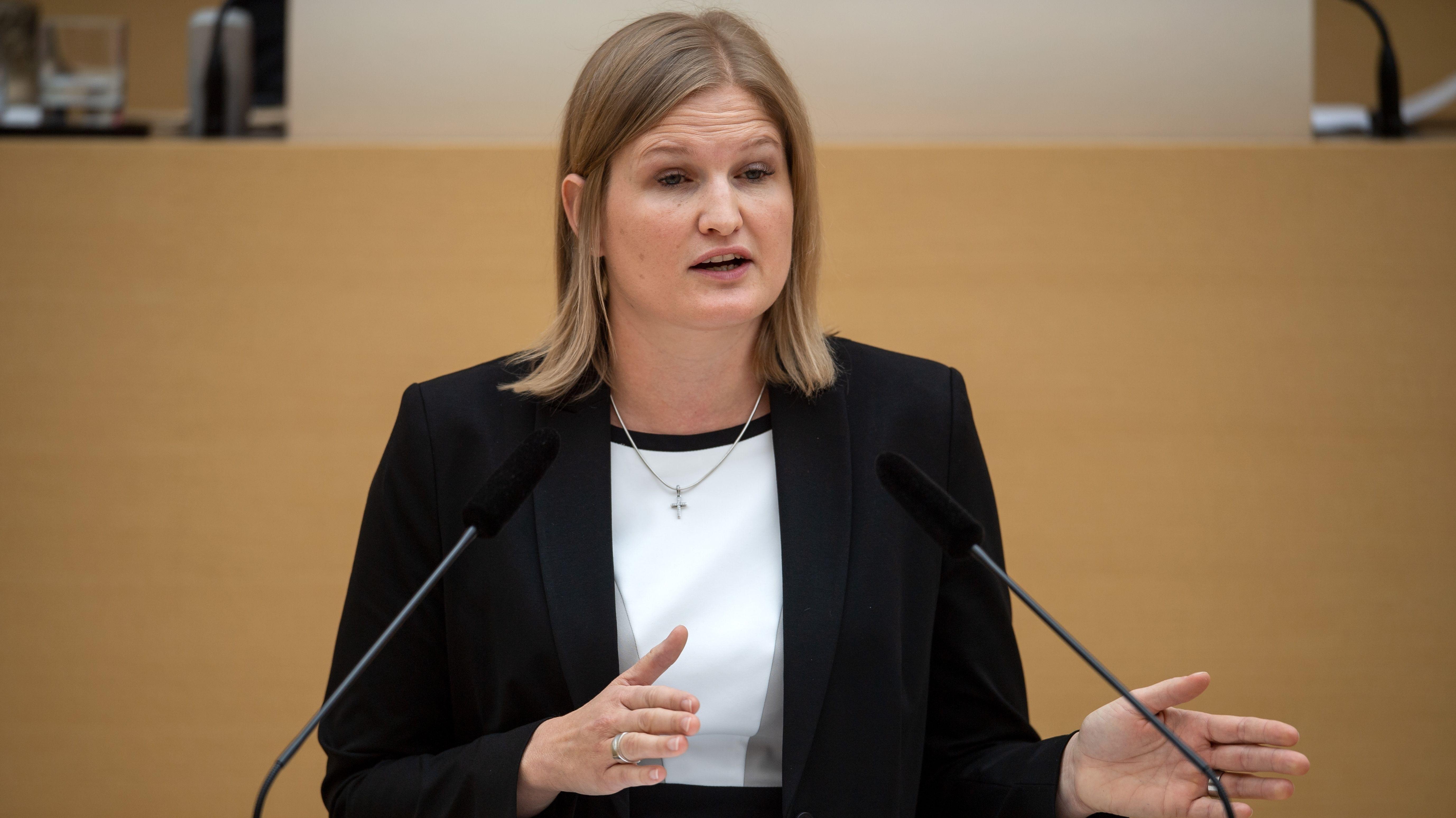 AfD-Fraktionschefin Ebner-Steiner im Landtag