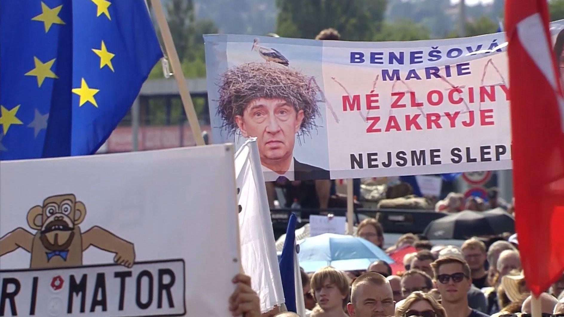 Massenproteste in Prag: Hunderttausende gegen Babis